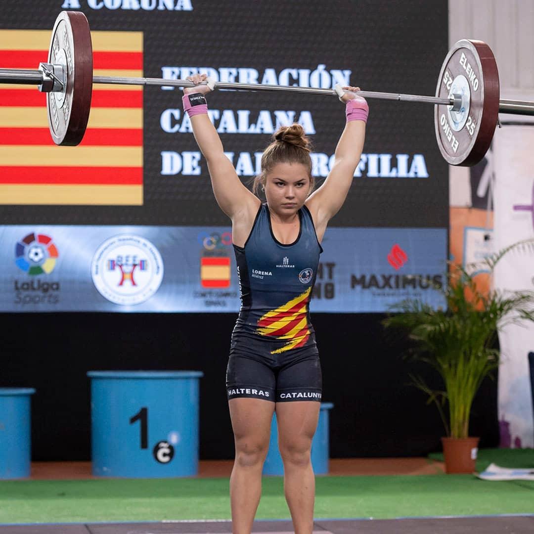 Levantadora weigtlifting competición halterofilia